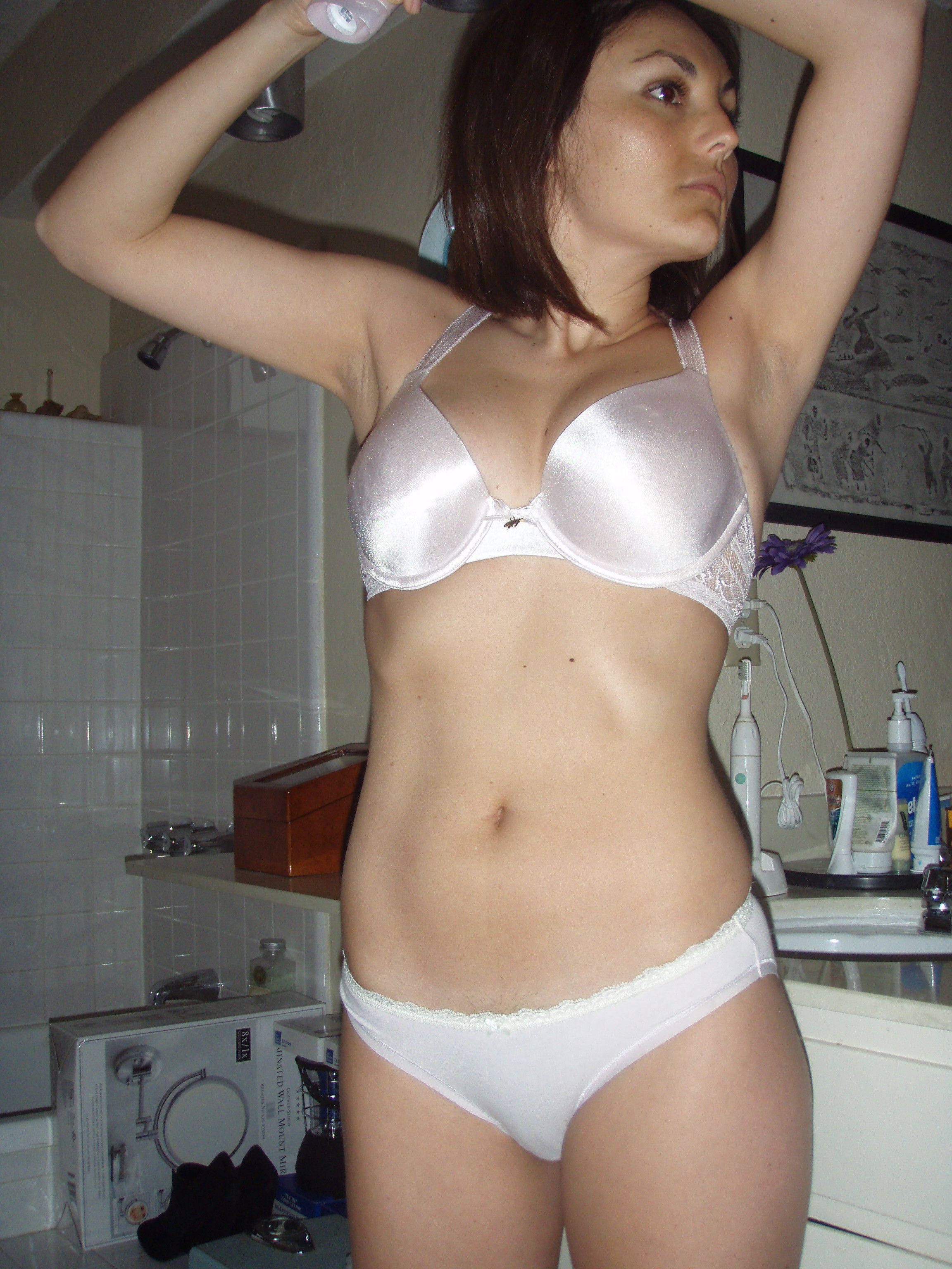 Violeta Private Pictures Hot Babe Panties Amateur Bra Indian Sexy